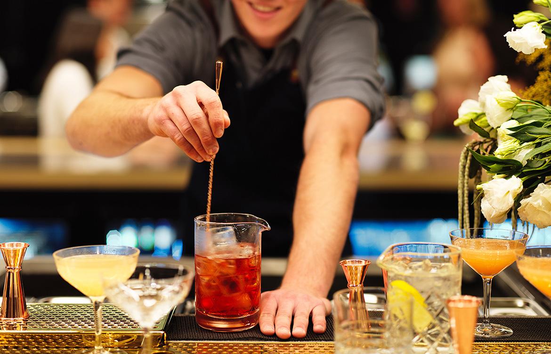 Mode Kitchen Bar cocktails