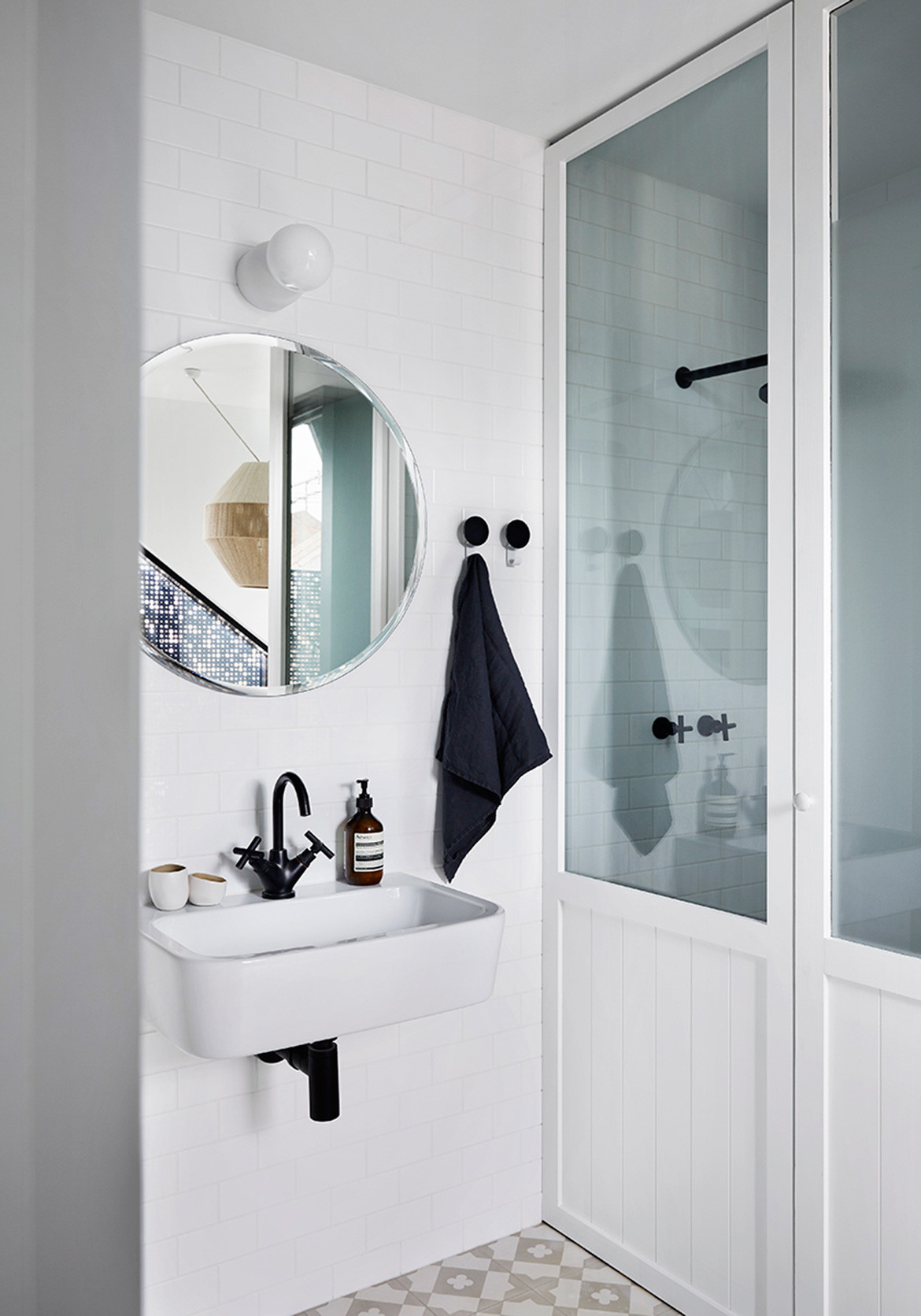 Moor Street Residence Whiting Architects cc Tess Kelly bathroom