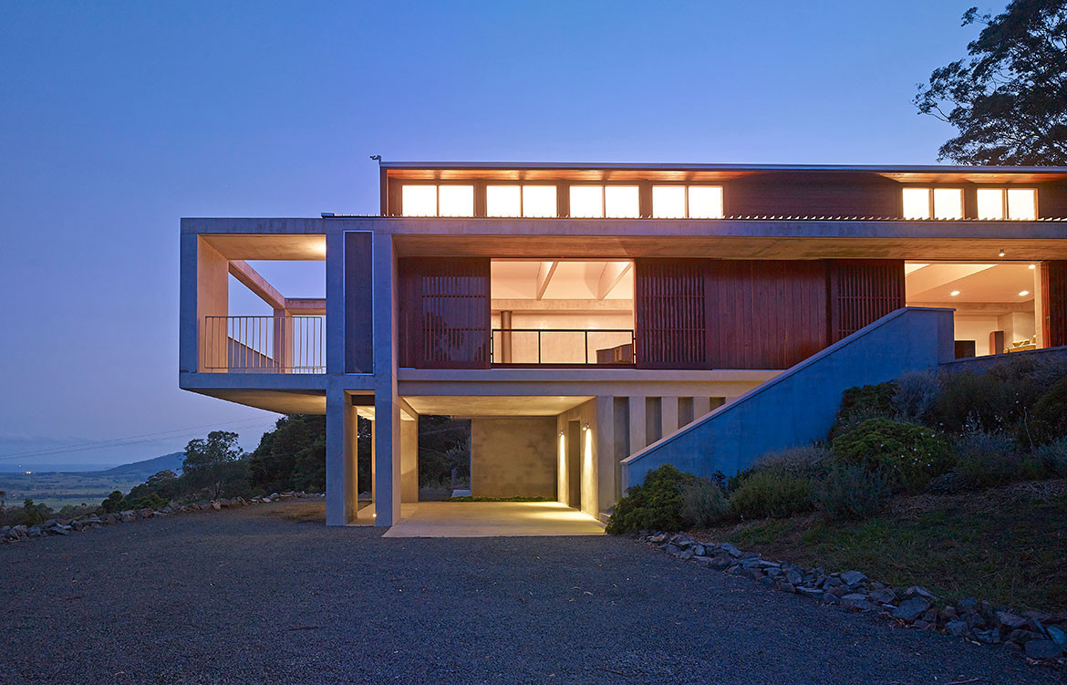 Mountainside House Hill Thalis cc Brett Boardman exterior elevation
