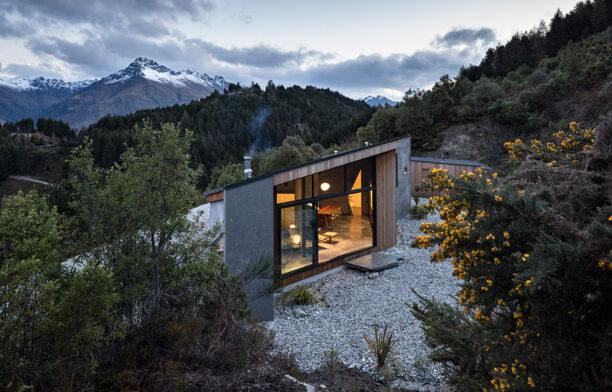 Bivvy House (New Zealand) by Vaughn McQuarrie Architects cc Simon Devitt | Habitus House of the Year 2019