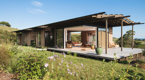 Huru House (New Zealand) by Wiredog Architecture cc Patrick Reynolds   Habitus House of the Year 2019