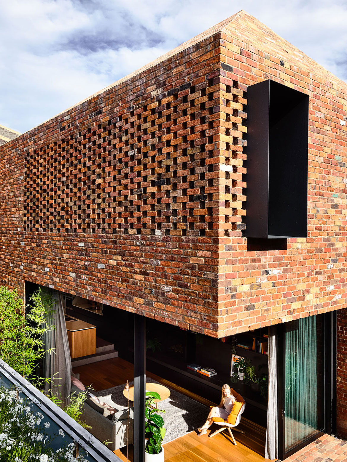North Melbourne Terrace Matt Gibson Architecture + Design cc Derek Swalwell brickwork