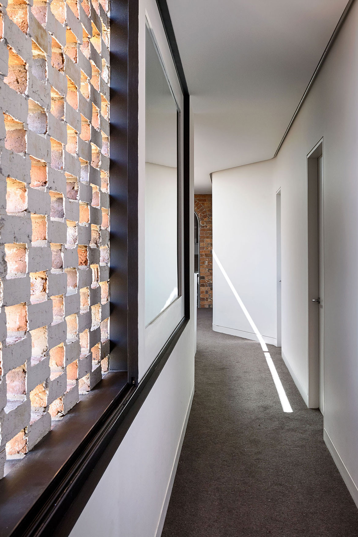 North Melbourne Terrace Matt Gibson Architecture + Design cc Derek Swalwell hallway