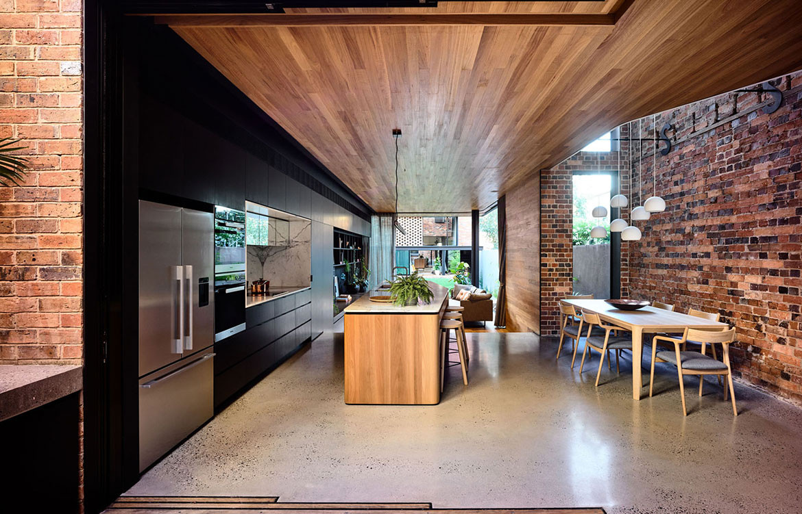 North Melbourne Terrace Matt Gibson Architecture + Design cc Derek Swalwell kitchen and dining