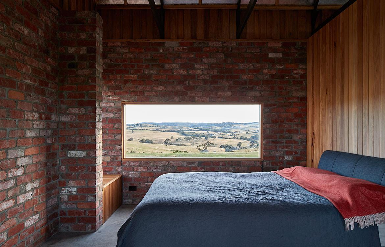 Nulla Vale MRTN Architects CC Peter Bennetts bedroom