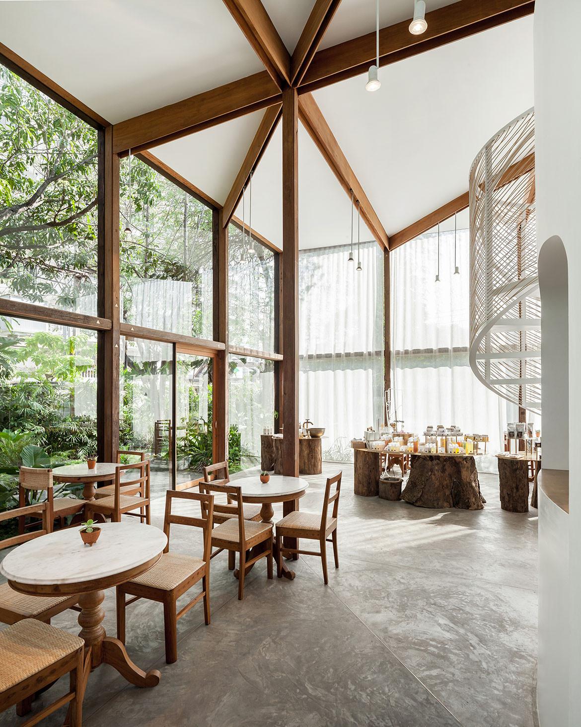 Patom Organic Living Nitaprow cc Ketsiree Wongwan timber