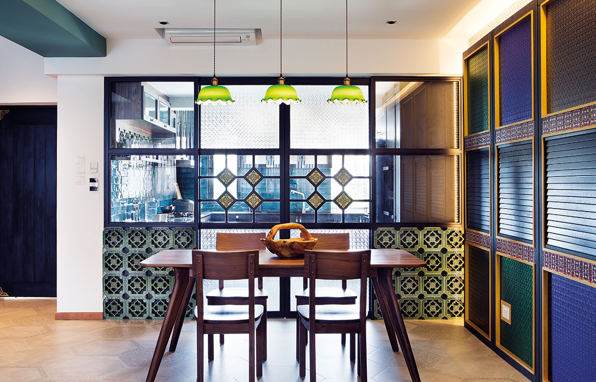 Peranakan apartment Linear Style Concepts dining