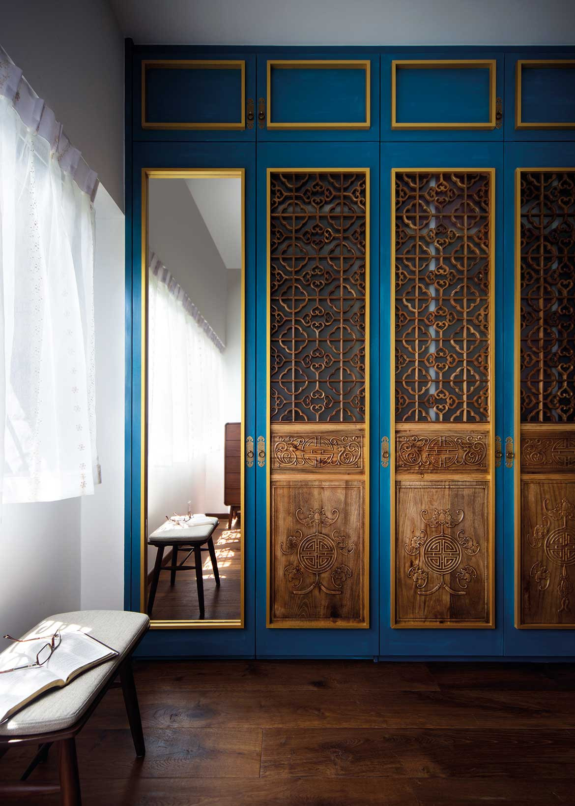 Peranakan apartment Linear Style Concepts woodwork