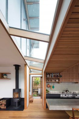 Photosynthesis House Matt Elkan Architect cc Simon Whitbread kitchen