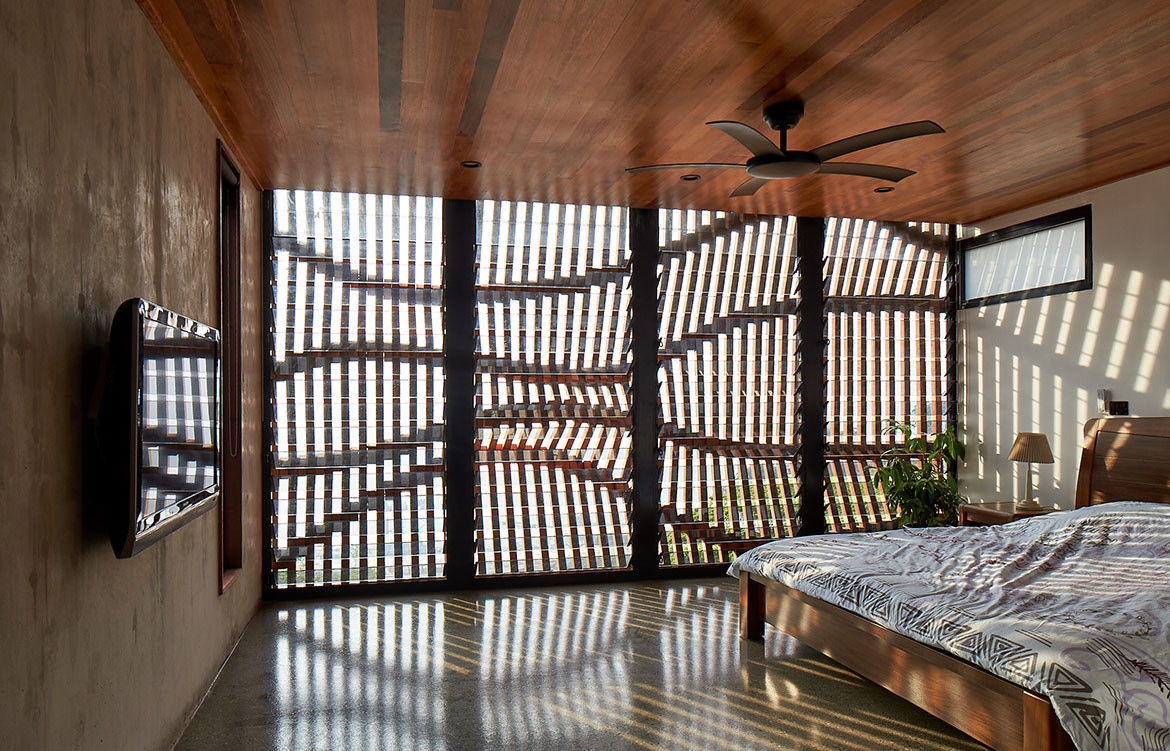 Port Moresby House Studio Workshop Papua New Guinea cc Peter Bennetts bedroom
