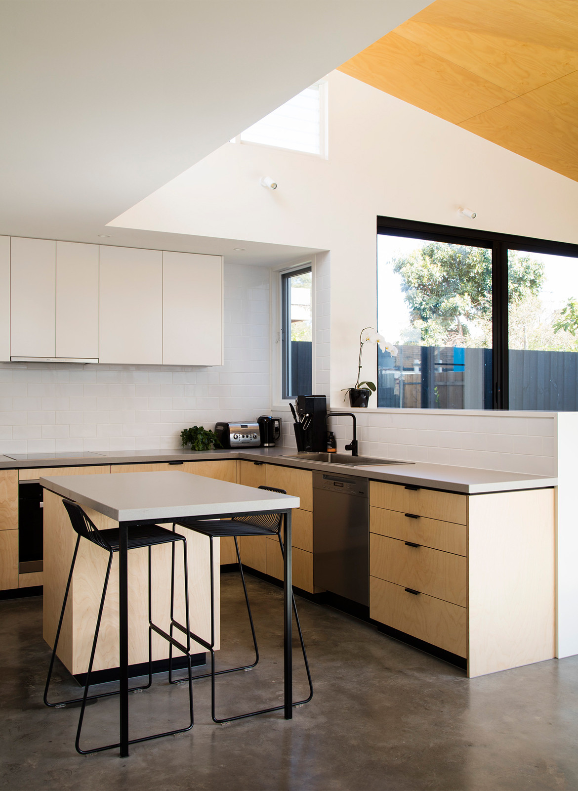 Allan Street House Gardiner Architects CC Rory Gardiner kitchen