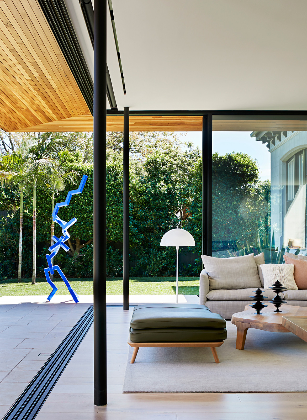 Pavilion House Robson Rak Architects CC Shannon McGrath indoor outdoor