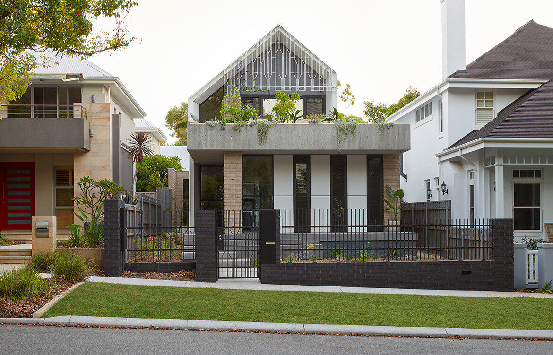 RZB House CAPA Studio CC Douglas Mark Black facade