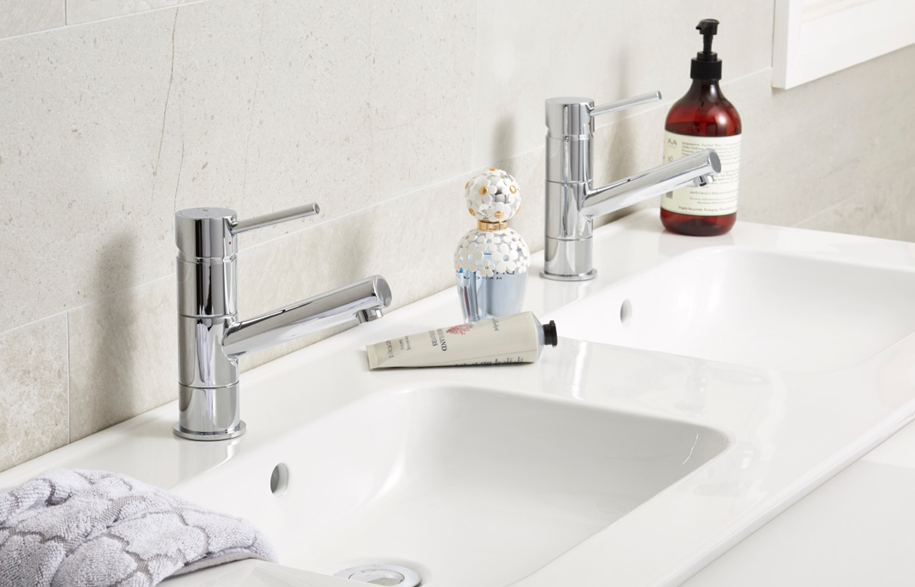 Raymor-Projix-Basin-Mixer-and-Wentworth