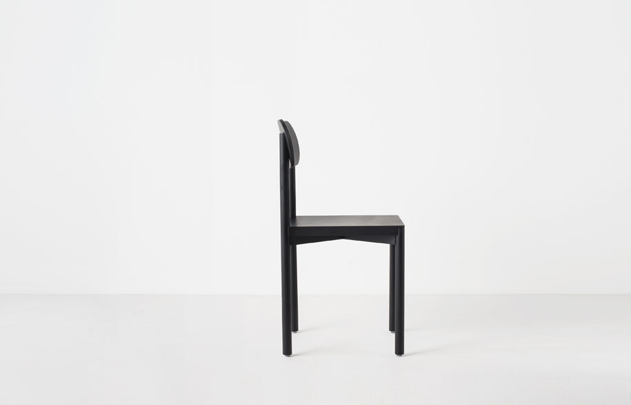 Resident-studio-chair-by-Jason-Whiteley-1