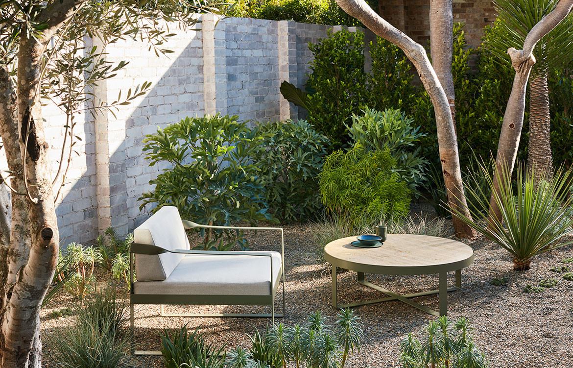 Ribbon Range Robert Plumb David Harrison CC Prue Roscoe CC Craig Wall armchair outdoor