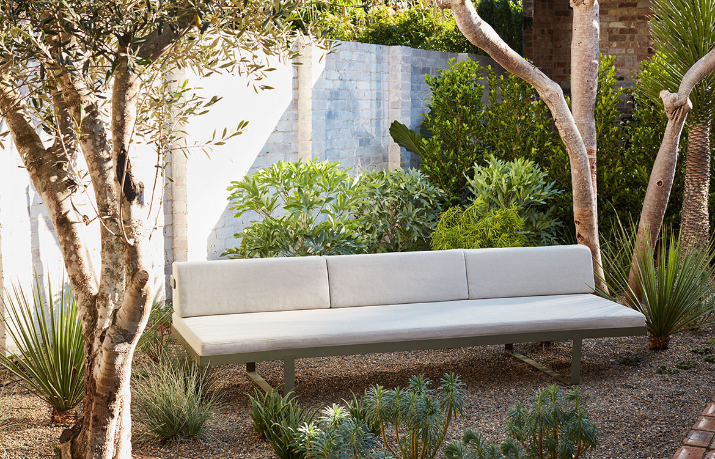 Ribbon Range Robert Plumb David Harrison CC Prue Roscoe CC Craig Wall sofa garden