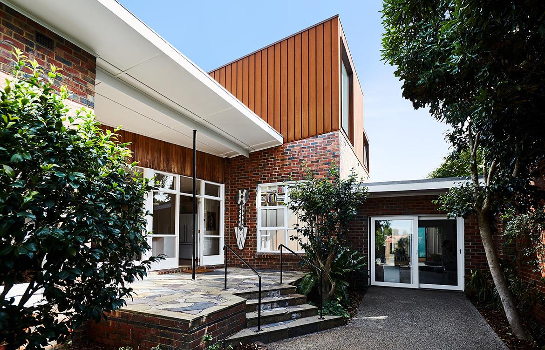 Ruby Residence Foomann CC Willem-Dirkdu Toit entrance