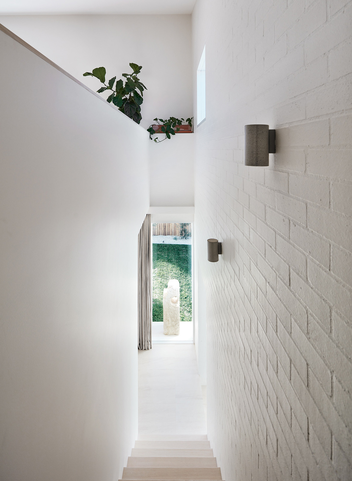 House Burch Those Architects Byron Bay Luc Rémond walkway stairs