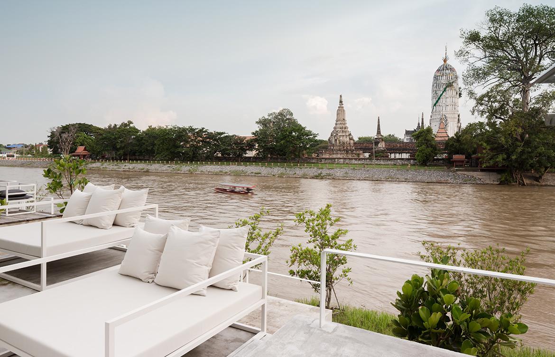 Sala Ayutthaya Onion Thailand CC Wison Tungthunya river view seating
