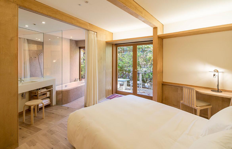 Shishi-Iwa House Shigeru Ban Japan guest room