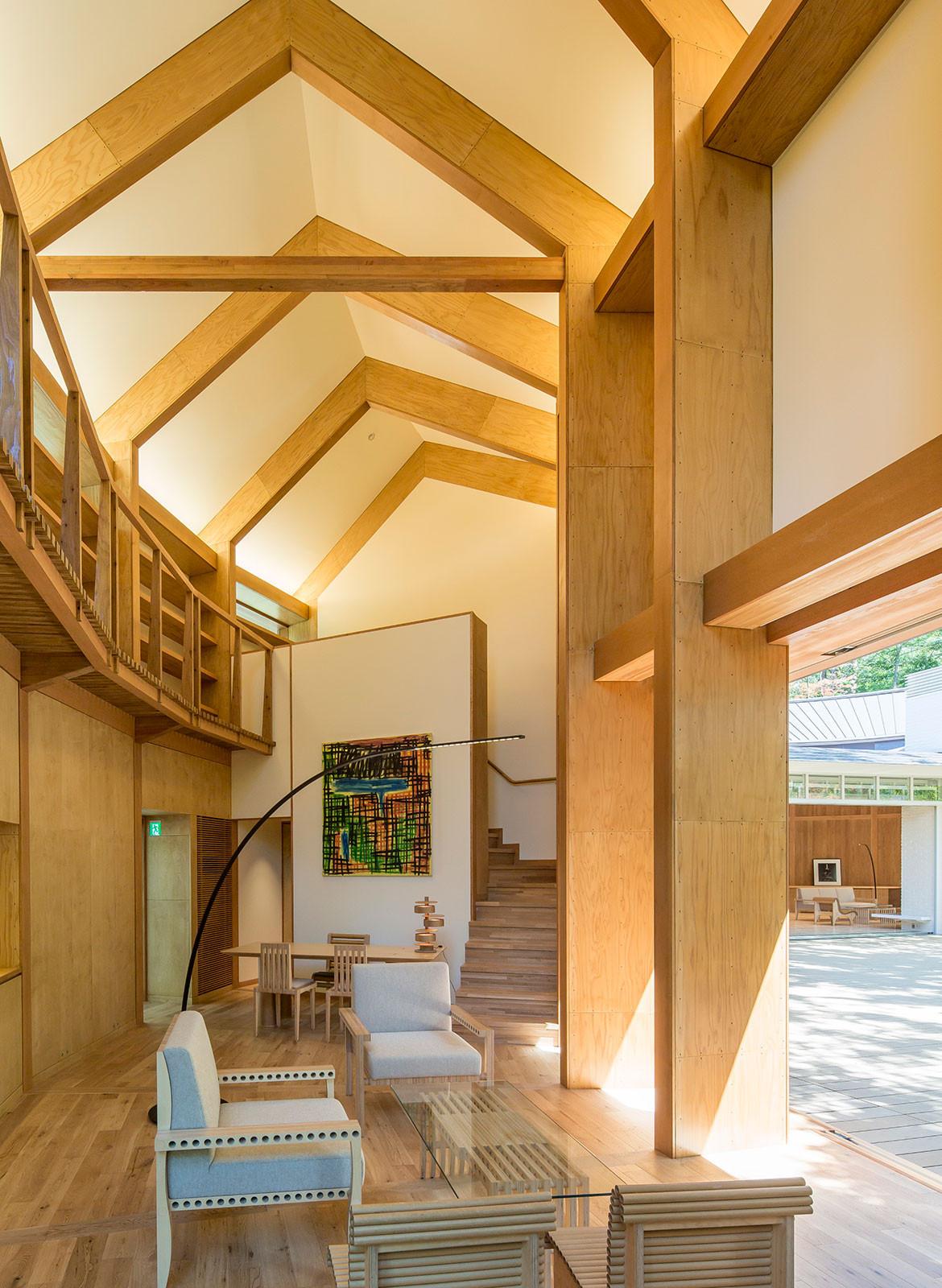 Shishi-Iwa House Shigeru Ban Japan library