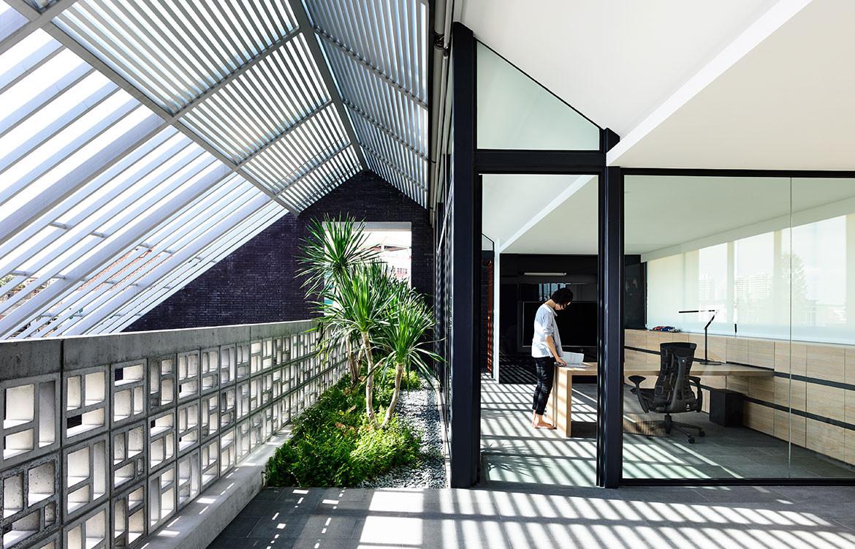 Siglap Plain HYLA Architects cc Derek Swalwell study