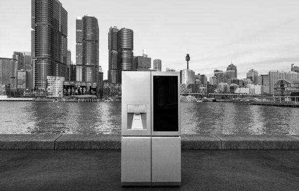 LG SIGNATURE LG Electronics sigature view fridge cityscape
