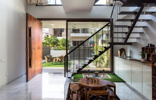 Skybox House by Garg Architects boasts a grand entrance, passive design principles, privacy, and strong connections to the outdoors.