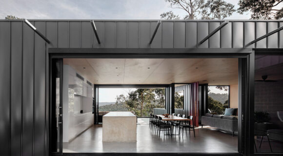 a house designed to withstand victorian bushfires