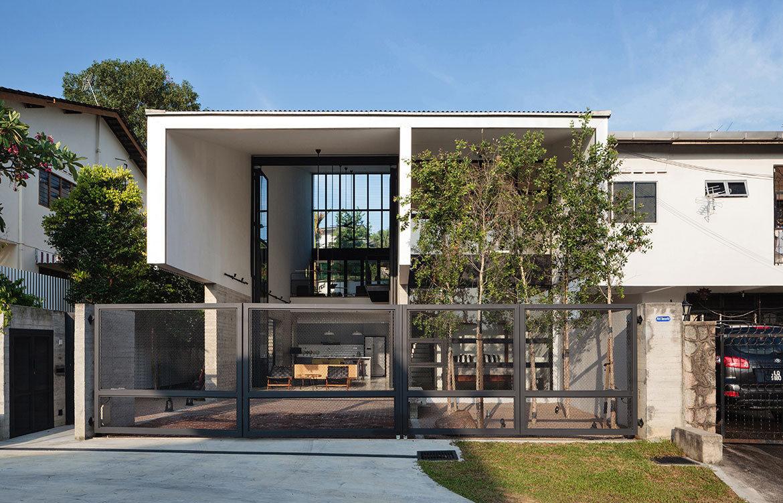 pe House Formwerkz cc Fabian Ong street
