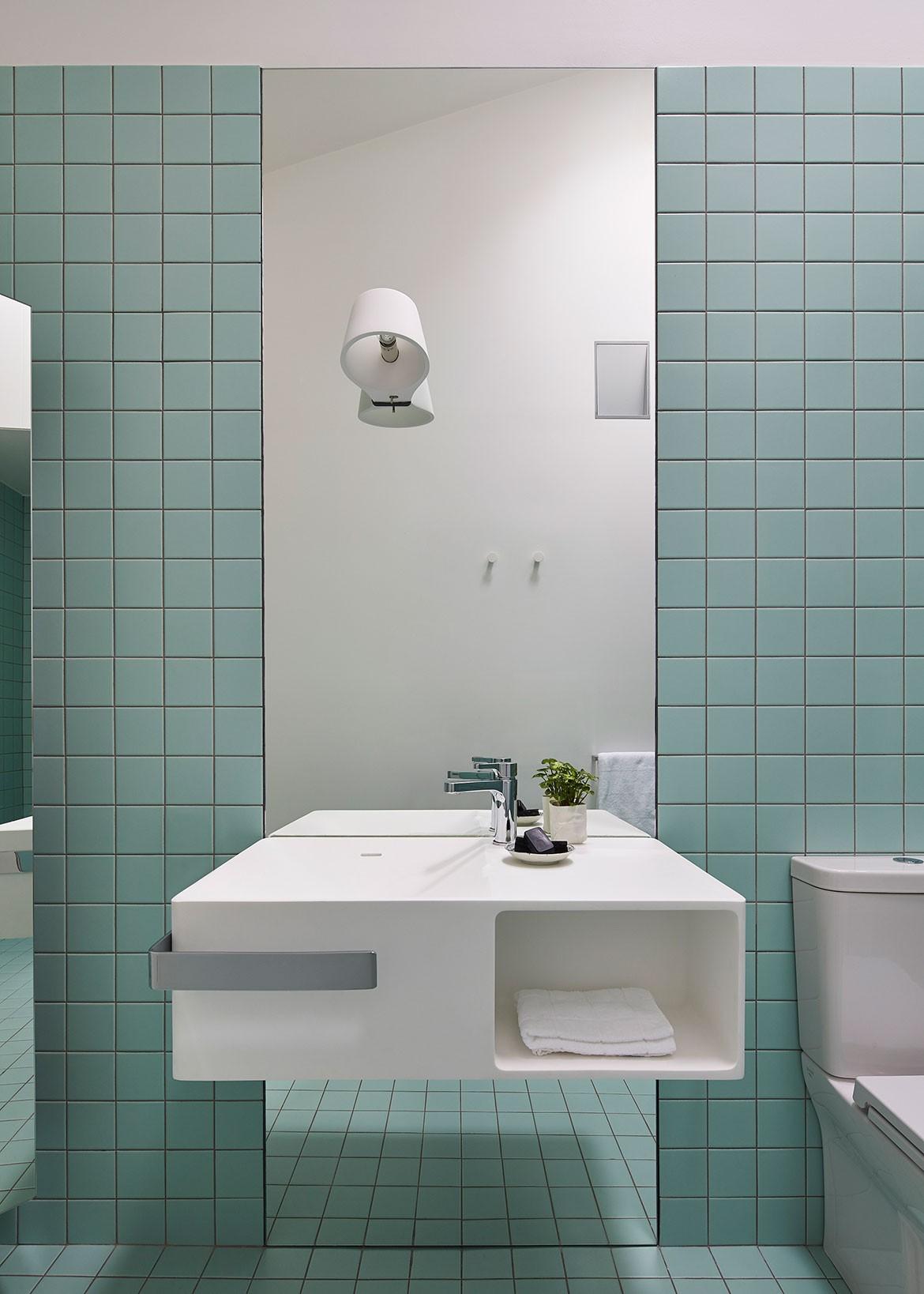 Sonelo Design Theresa St Residence bathroom_V3
