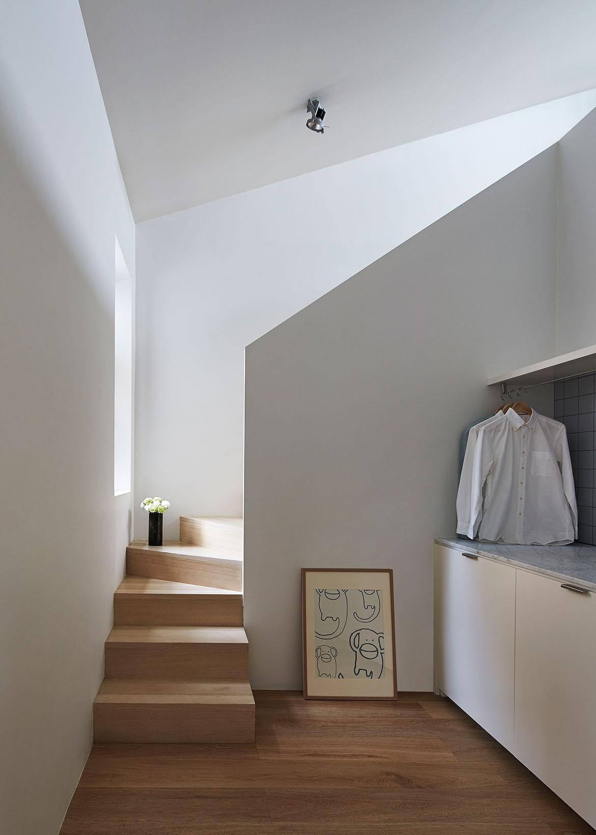Sonelo Design Theresa St Residence staircase