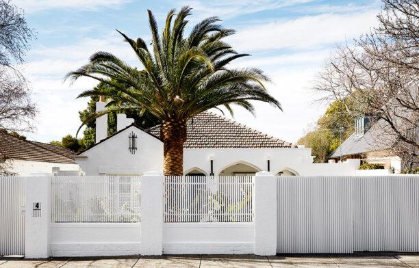 Spanish Mission House Kennon.Studios CC Caitlin Mills exterior house