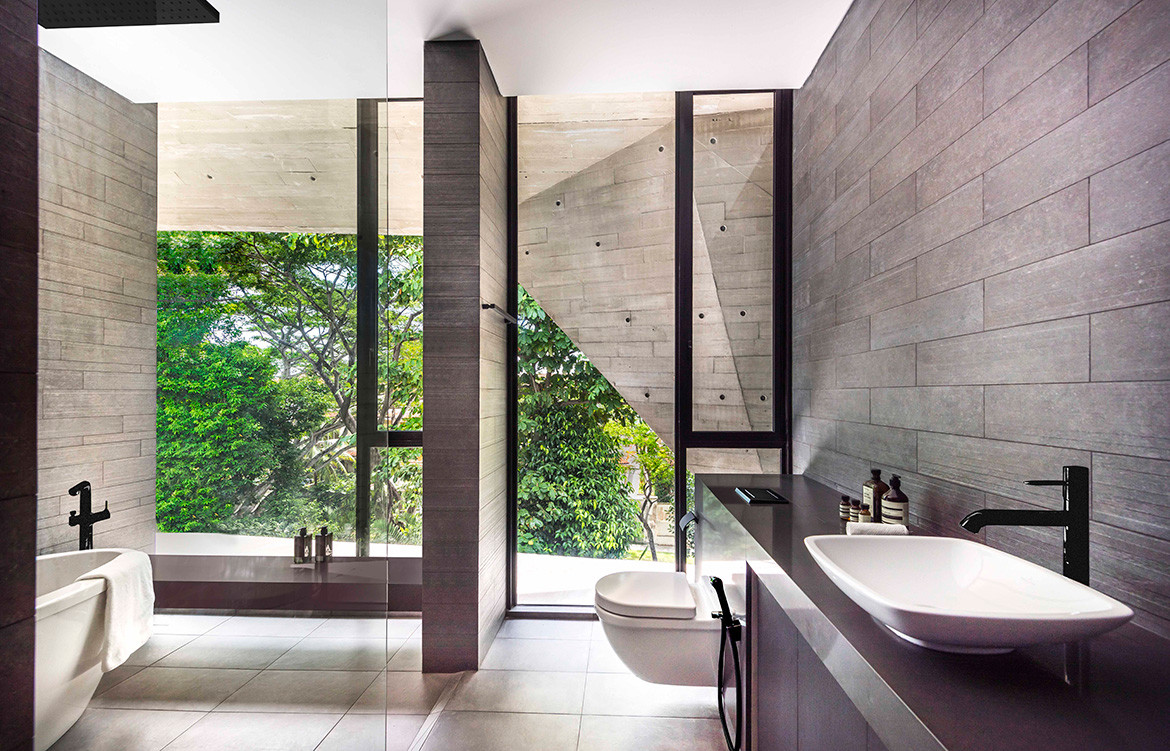 Stark House Park+Associates CC Edward Hendricks bathroom