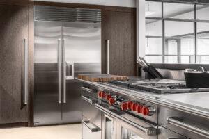 Sub-Zero ICBBI-48SD/S Classic Series Side-by-Side Refrigerator/Freezer