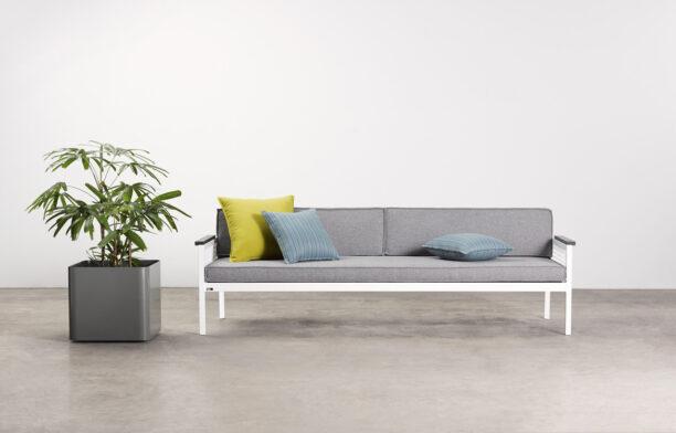 Breeze Sofa 1