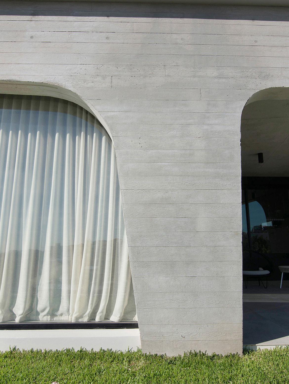 Tamas Tee House Luigi Rosselli Architects exterior detailing