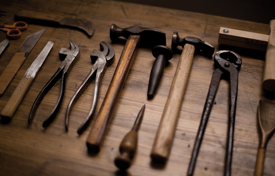 The-Shoemaker-Alexander-Reed-photograph-by-Jack-Taylor-Gotch