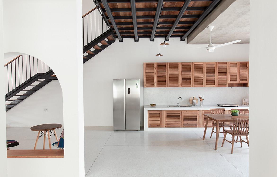 Tile Roof House Vietnam K59 Atelier | open-plan kitchen/living