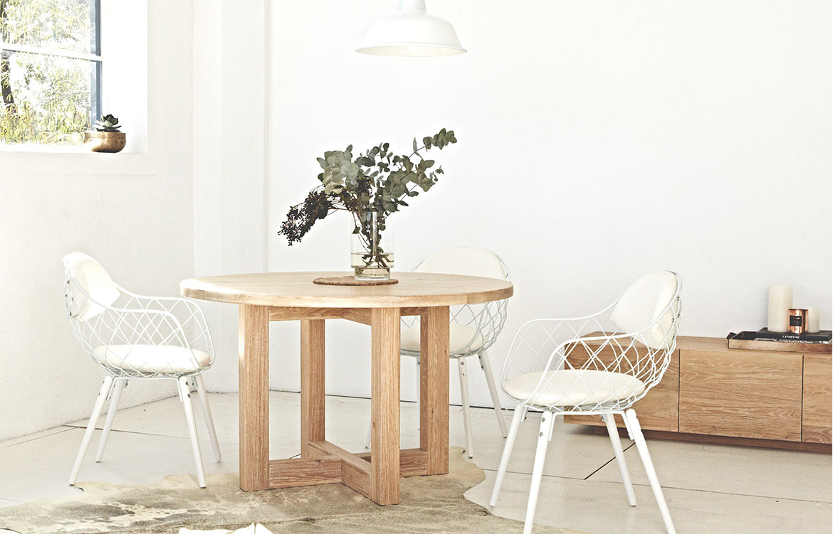 Luxa Round Dining Table