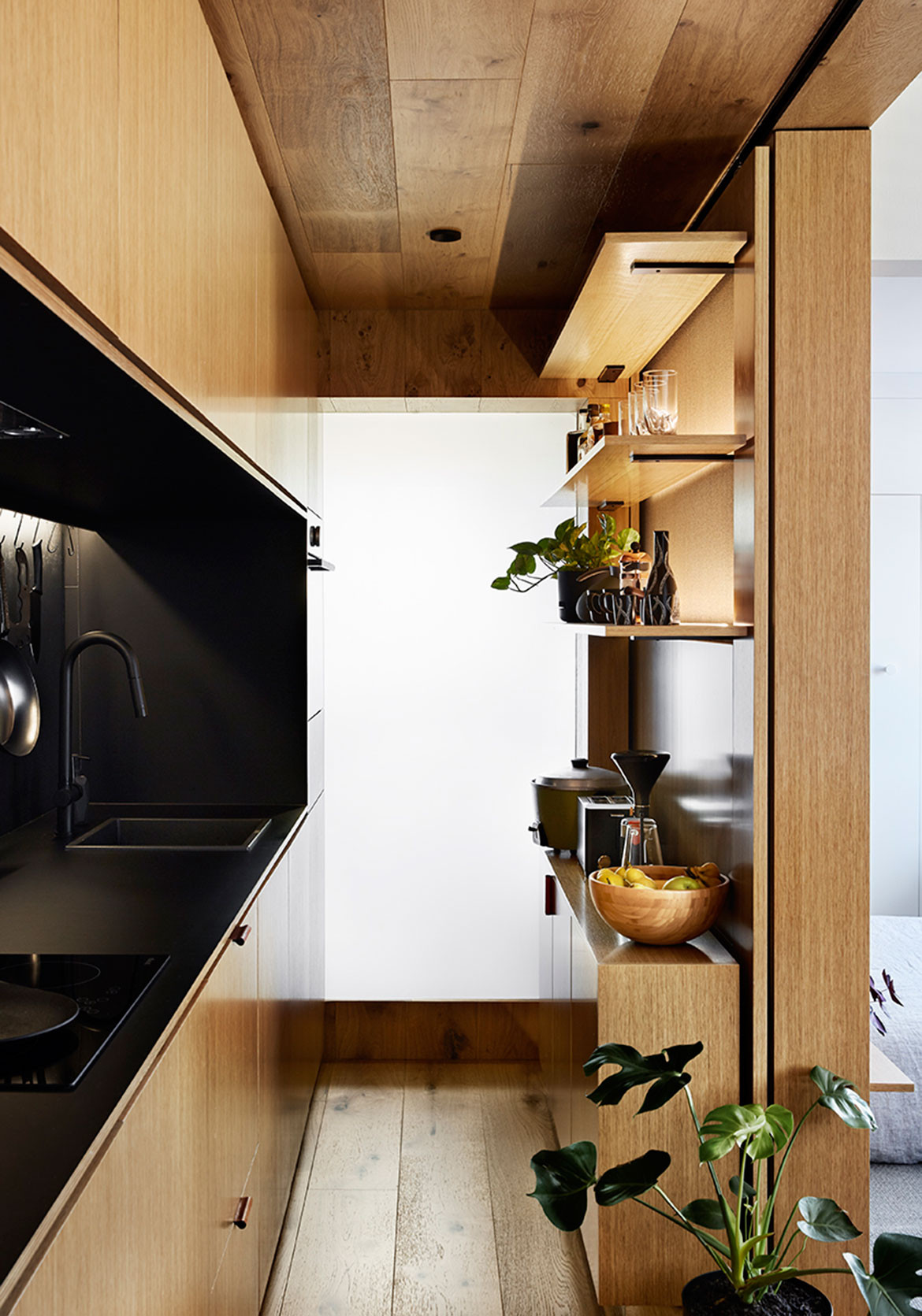 Type Street Apartment Tsai Design cc Tess Kelly kitchen