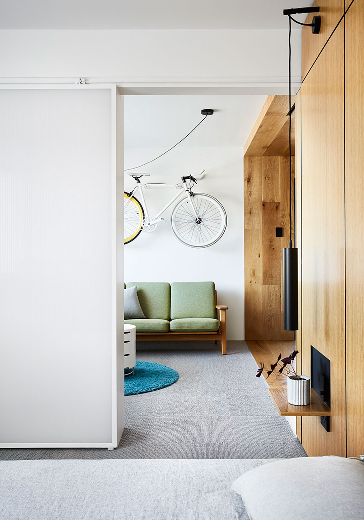 Type Street Apartment Tsai Design cc Tess Kelly corridor