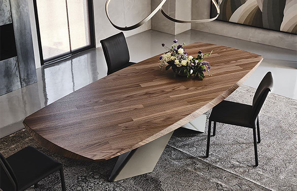 Tyron Wood Table with Flowers