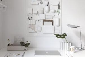 Uten White Office Setup