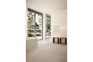 t39 towel rail 1