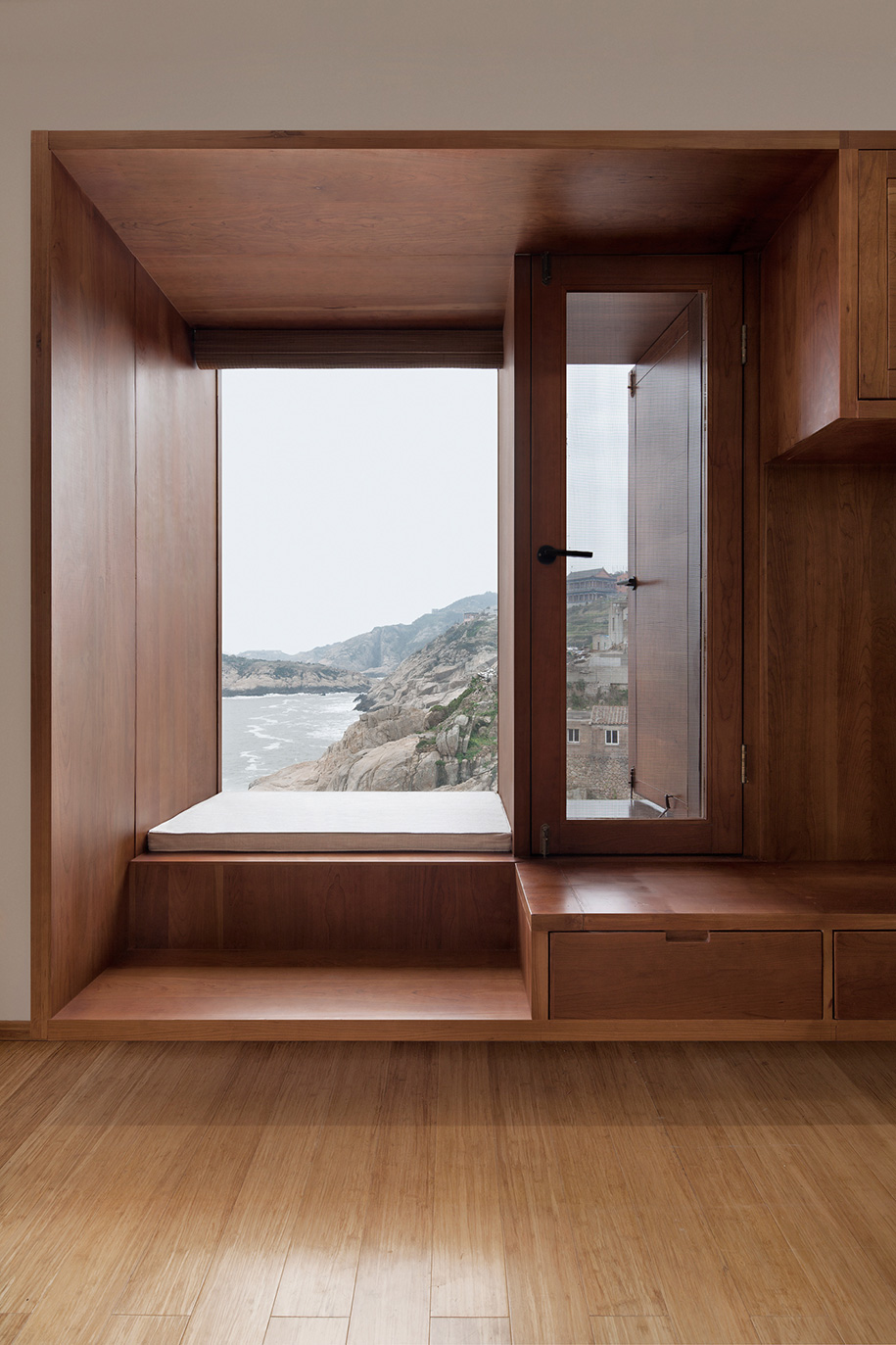Vector Architects Captains House window