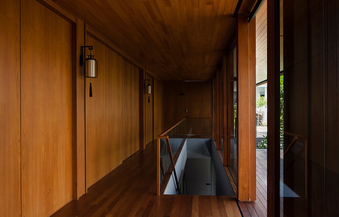 Verandah House Formwerkz Architects cc Fabian Ong timber panelling