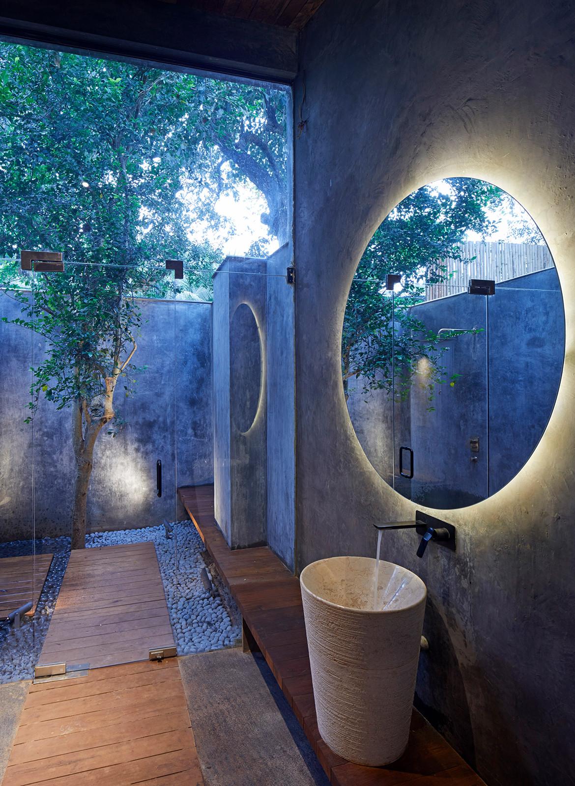 Villa In The Palms Abraham Jon Architects bathroom