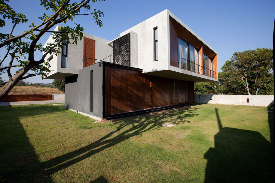 W House IDIN Architects Habitus Living